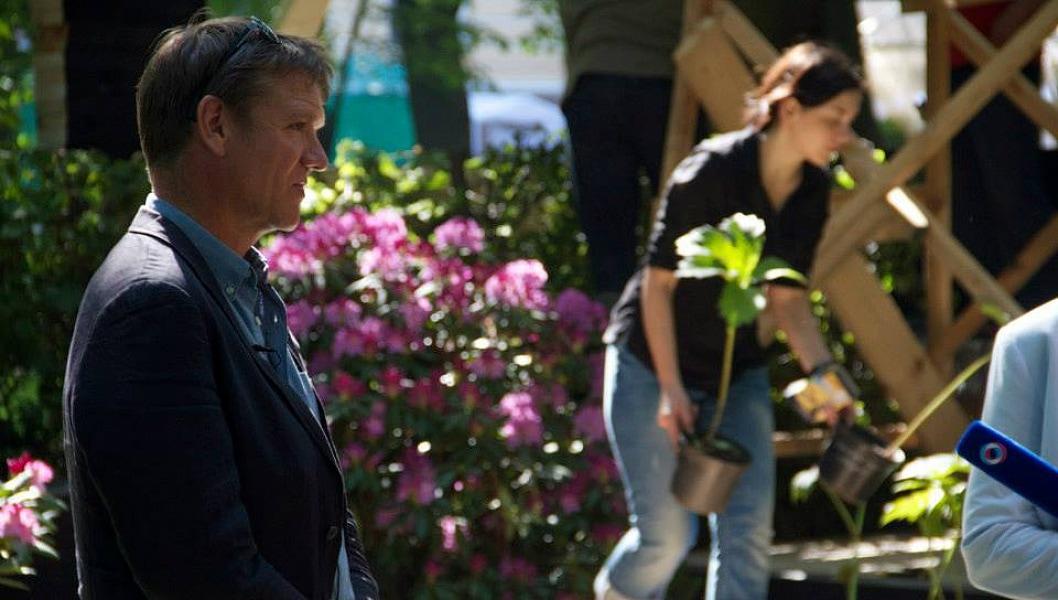 Евгения Тетерина работает под руководством Энди, который ненадолго отвлекся для интервью.