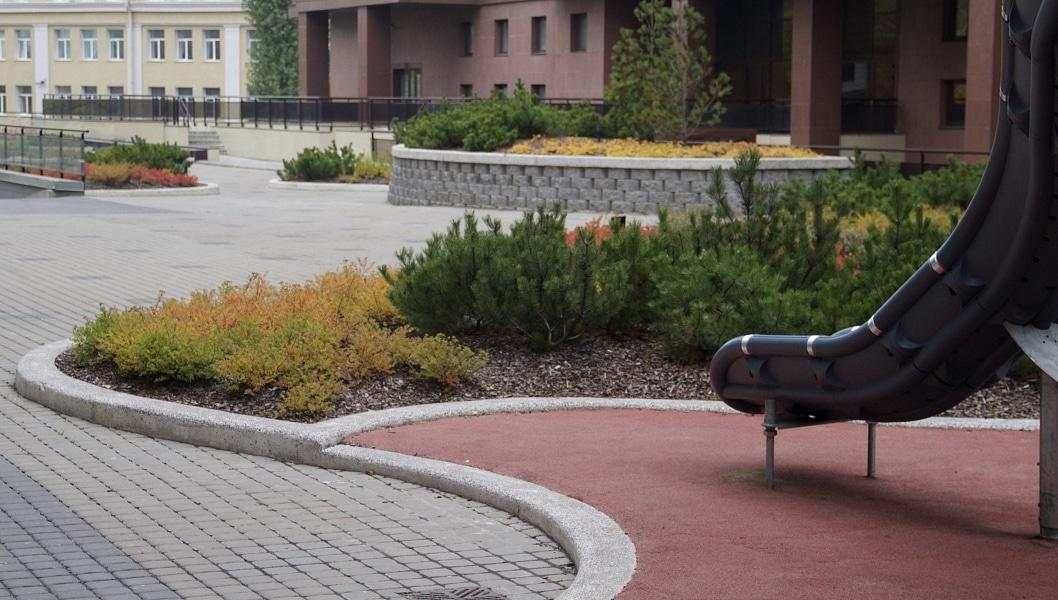 Сад на крыше паркинга